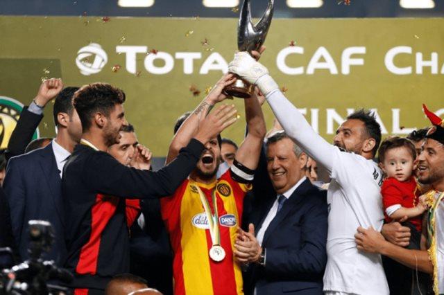 """الرجاء الرياضي يطالب بتغيير  الحكم """"غاساما"""" أمام الترجي التونسي"""
