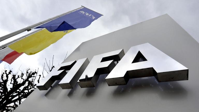 الفيفا يخصص مبلغا ضخما لدعم اللاعبين المحتاجين