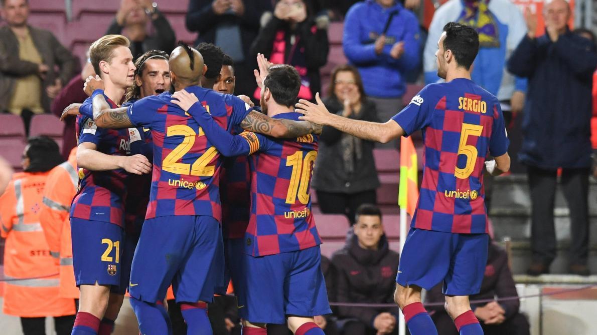 قرار اللاعبين يساعد برشلونة للهروب من جحيم المادة 67