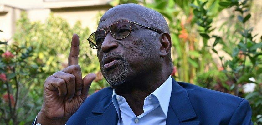 """العاجي أنوما ينسحب من انتخابات """"الكاف"""" لصالح الجنوب افريقي موتسيبي"""