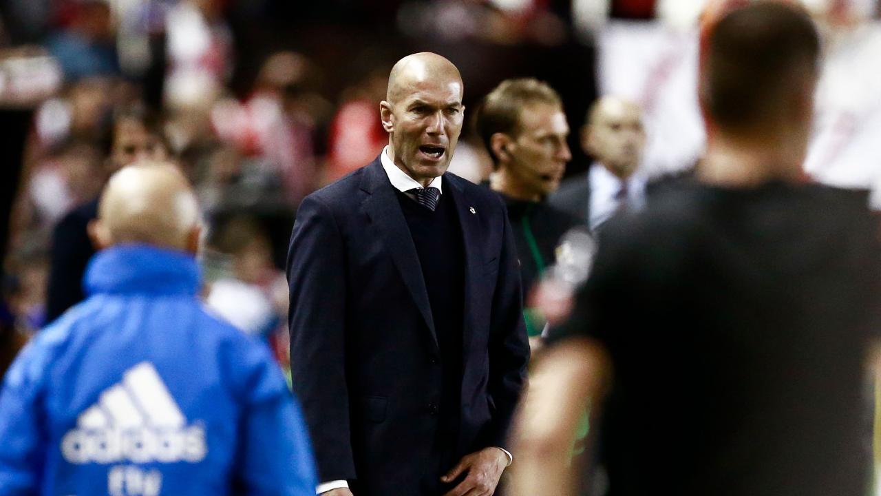 زيدان غاضب من لاعبي ريال مدريد بسبب مكالمة فيديو