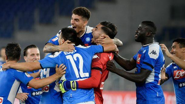 نابولي يقهر يوفنتوس ويتوج بطلًا لـ كأس إيطاليا بركلات الترجيح