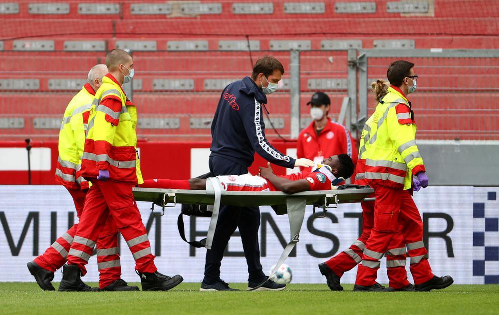 ماينتس يعلن إصابة مهاجم ليفربول المعار بارتجاج