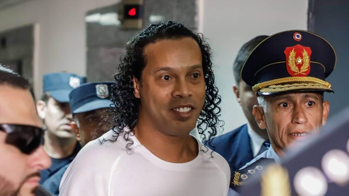 بعد احتجازه 5 أشهر في باراغواي أنباء سارة عن رونالدينيو