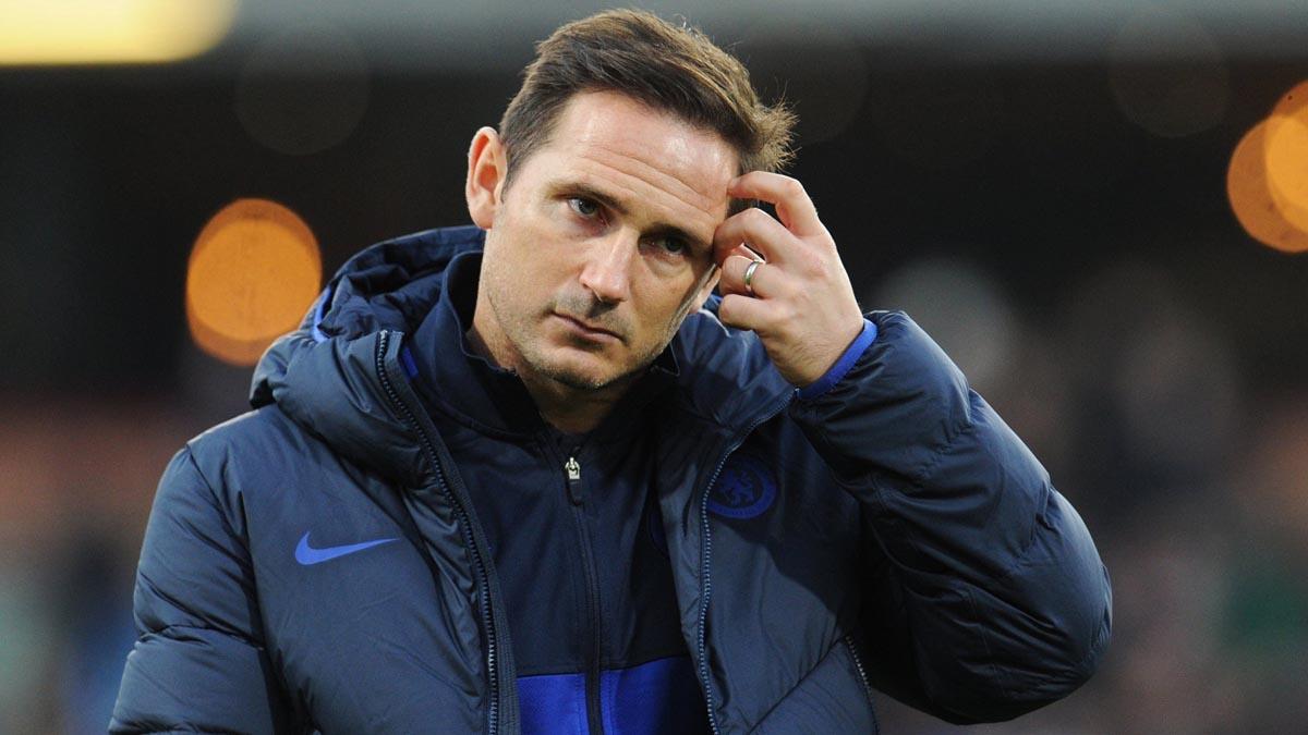 لامبارد يدعو رابطة الدوري الإنجليزي إلى تأخير انطلاقة فريقه في الموسم الجديد