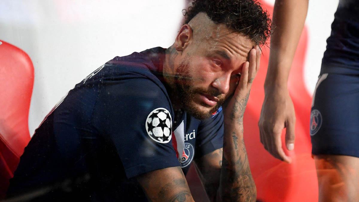 نيمار يهنئ النادي الخطأ بعد خسارة نهائي الأبطال