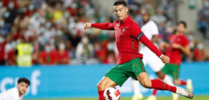 رونالدو يقود البرتغال لفوز كاسح على قطر