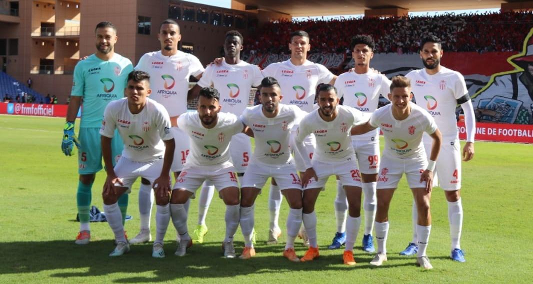 حسنية أكادير تعود بفوز ثمين من الجزائر